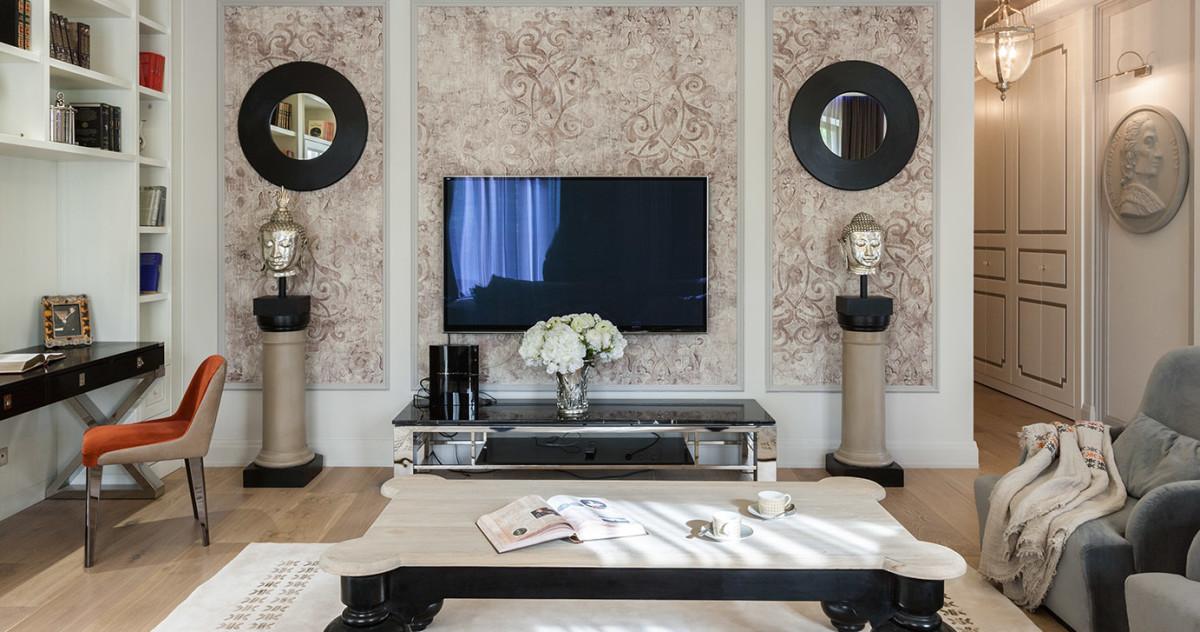 Квартира с чёрной кухней и белой гостиной: эталон московского гламура