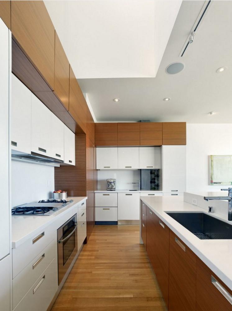 Кухня/столовая в  цветах:   Белый, Коричневый, Светло-серый, Темно-зеленый.  Кухня/столовая в  стиле:   Минимализм.