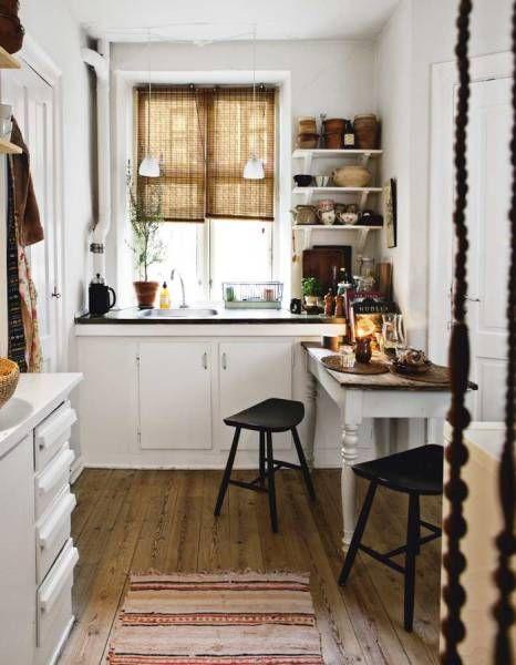 Кухня/столовая в  цветах:   Белый, Коричневый, Светло-серый, Серый.  Кухня/столовая в  стиле:   Скандинавский.