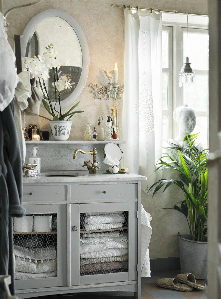 в цветах: черный, серый, светло-серый, белый.  в стилях: прованс.