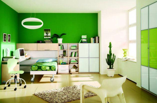 Детская в цветах: светло-серый, белый, темно-зеленый, бежевый. Детская в стиле минимализм.