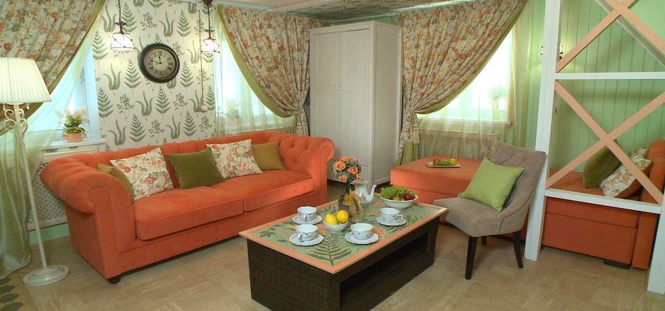 Как создать гостиную в стиле прованс на подмосковной даче: реальный пример