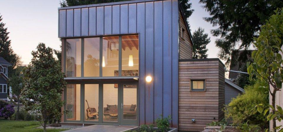 Как оформить гостевой домик площадью 24 кв. м: реальный пример
