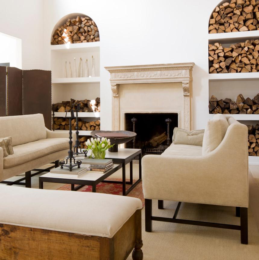 Гостиная, холл в цветах: белый, темно-коричневый, коричневый, бежевый. Гостиная, холл в стиле этника.