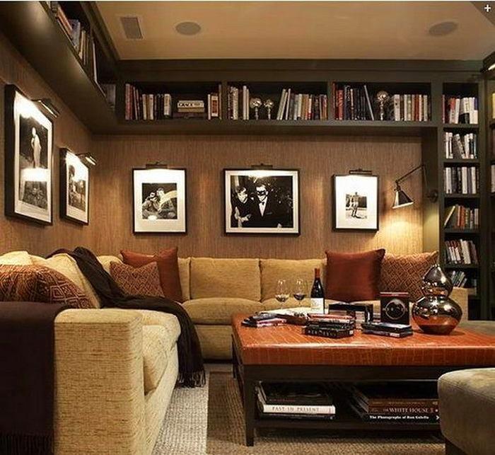 Гостиная, холл в цветах: черный, серый, темно-коричневый, коричневый, бежевый. Гостиная, холл в .