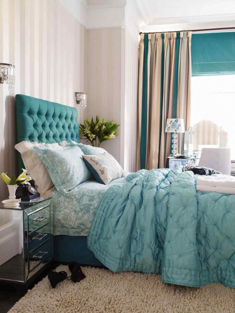 Спальня в цветах: голубой, бирюзовый, серый, светло-серый, сине-зеленый. Спальня в .