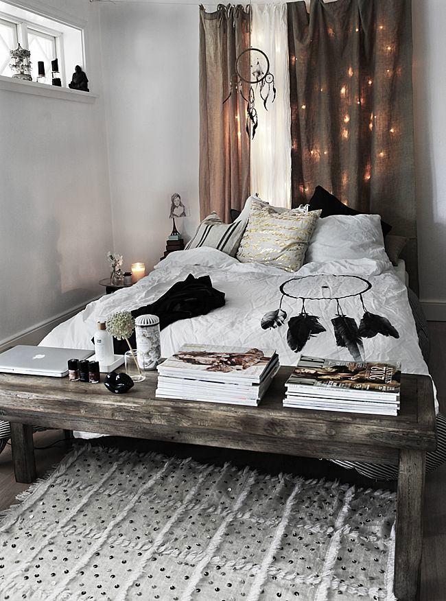 Мебель и предметы интерьера в цветах: черный, серый, белый, коричневый. Мебель и предметы интерьера в стиле лофт.