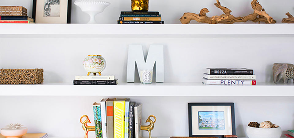 Как стильно декорировать белый интерьер: советы на реальном примере