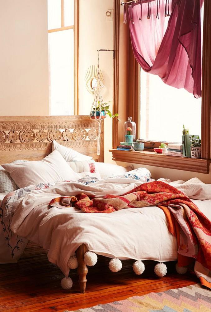 Спальня в цветах: желтый, белый, коричневый, бежевый. Спальня в стилях: прованс.