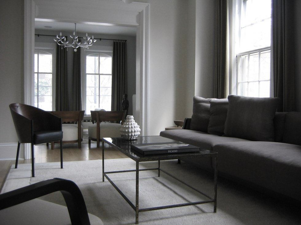 Гостиная, холл в цветах: черный, серый, светло-серый, белый. Гостиная, холл в стиле неоклассика.