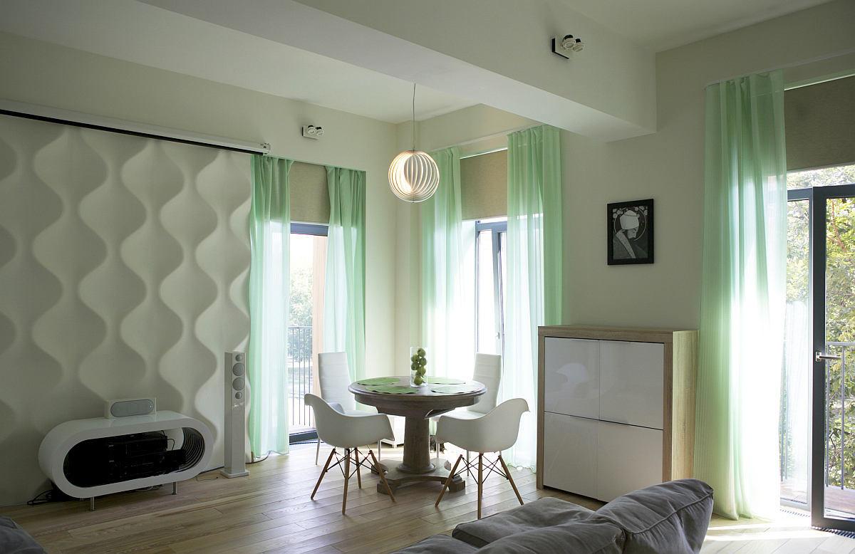 Гостиная, холл в цветах: серый, светло-серый, белый, бежевый. Гостиная, холл в стилях: дальневосточные стили, эклектика.