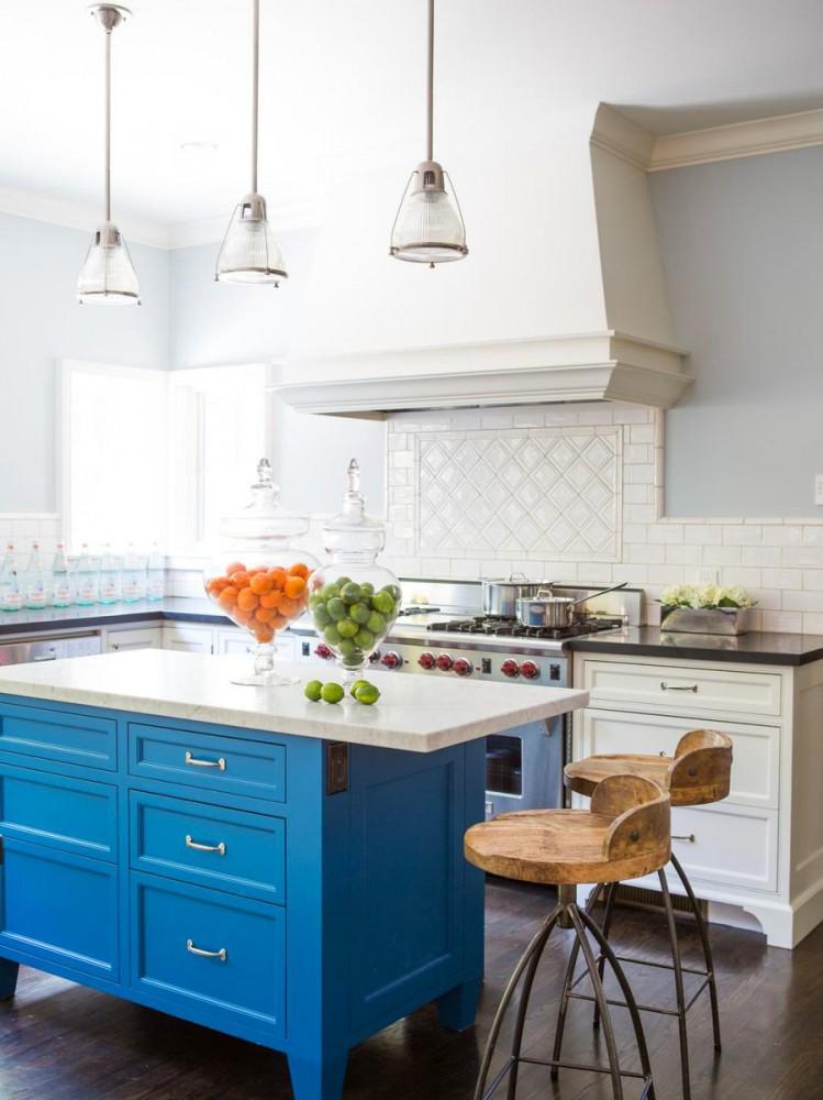 Кухня в цветах: бирюзовый, серый, светло-серый, бежевый. Кухня в .