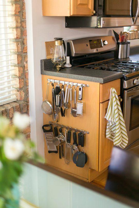 Кухня в цветах: желтый, серый, светло-серый, бежевый. Кухня в .