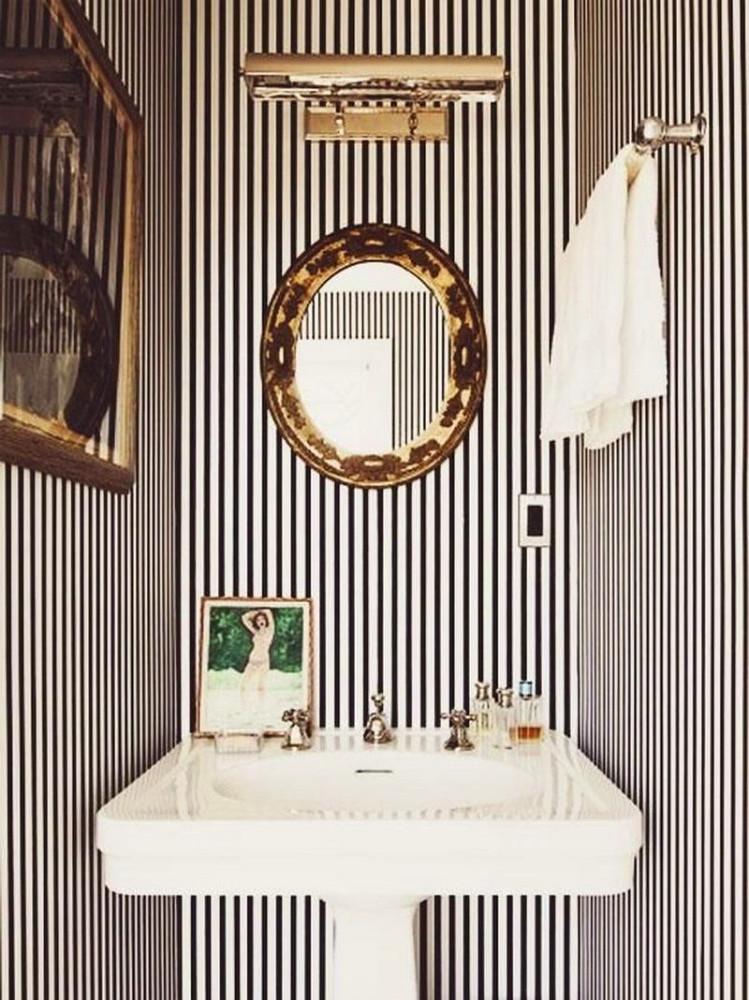 Ванная в цветах: серый, белый. Ванная в .