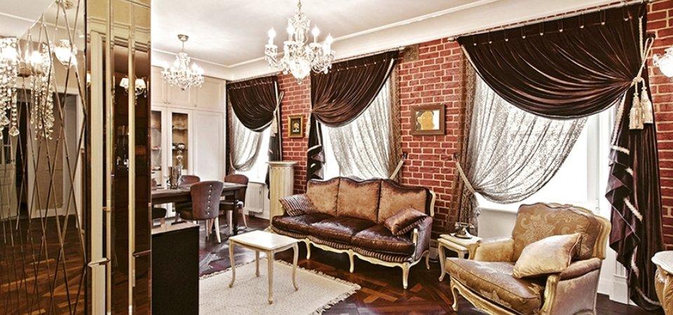 Винтажная квартира с «чёрным» ходом и множеством зеркал