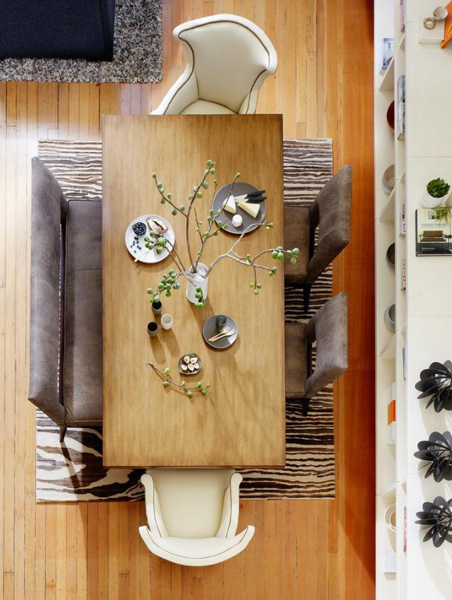 Столовая в цветах: серый, белый, коричневый, бежевый. Столовая в стиле эклектика.