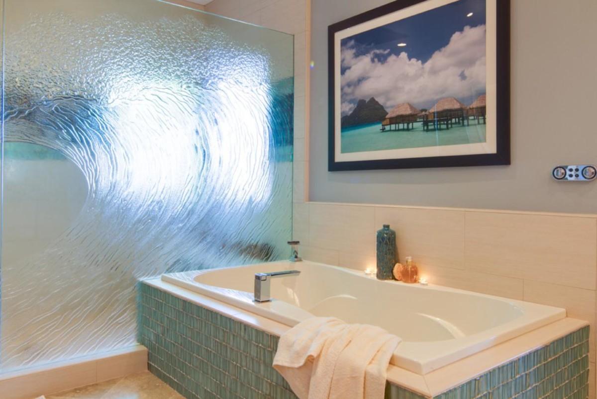 Туалет в цветах: белый, бежевый. Туалет в стиле минимализм.