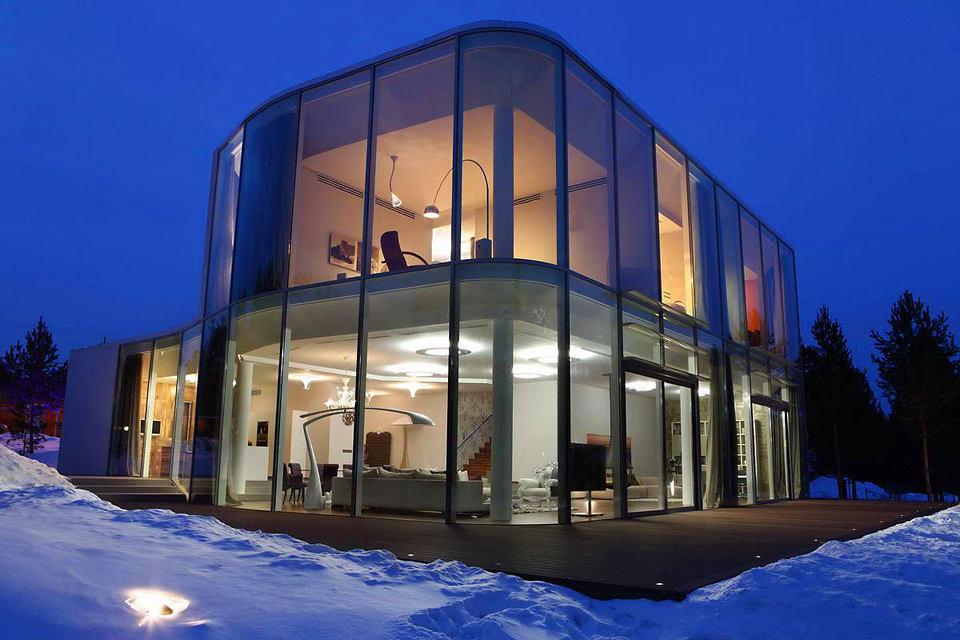 Архитектура в цветах: фиолетовый, черный, серый. Архитектура в стиле минимализм.