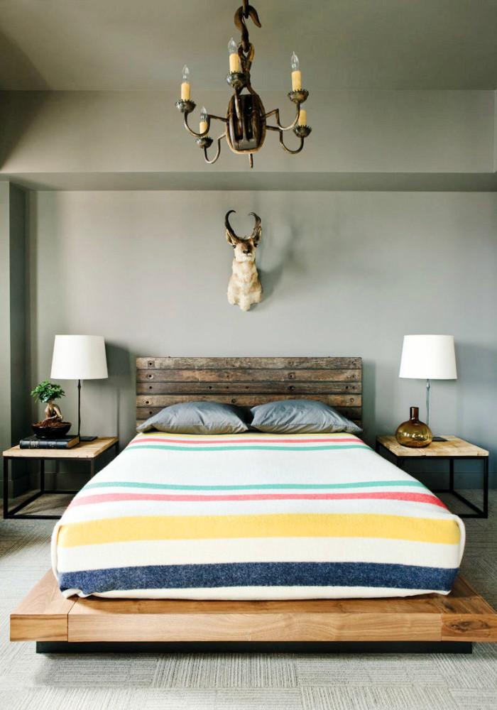 Мебель и предметы интерьера в цветах: желтый, черный, серый, светло-серый, белый. Мебель и предметы интерьера в стиле эклектика.