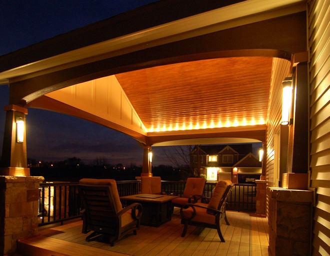 Балкон, веранда, патио в цветах: черный, бордовый, темно-коричневый, коричневый, бежевый. Балкон, веранда, патио в стилях: экологический стиль.