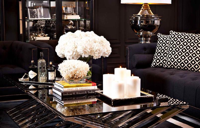 Мебель и предметы интерьера в цветах: серый, светло-серый, белый, коричневый. Мебель и предметы интерьера в стилях: модерн и ар-нуво.