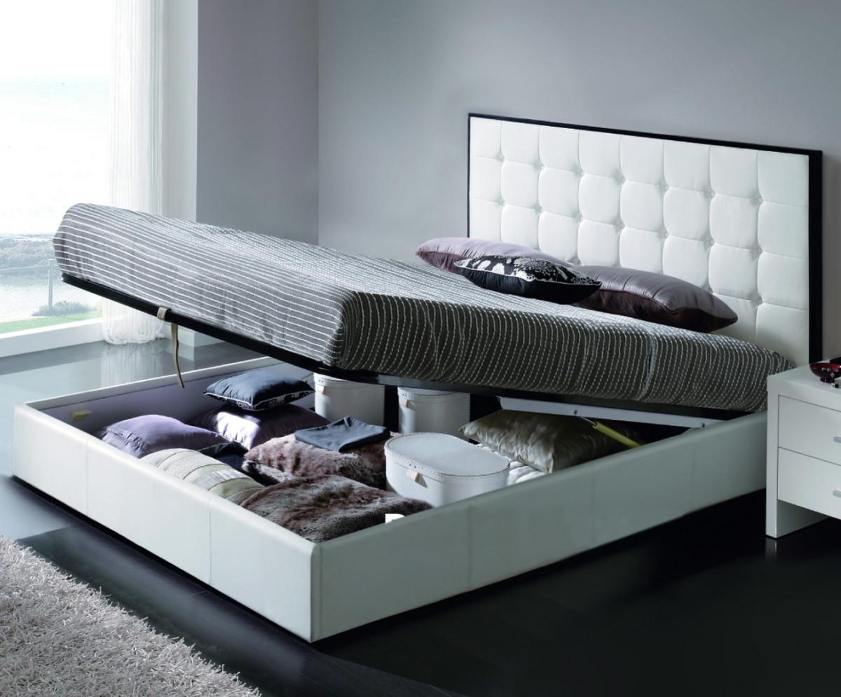 Спальня в цветах: черный, серый, светло-серый. Спальня в стиле эклектика.