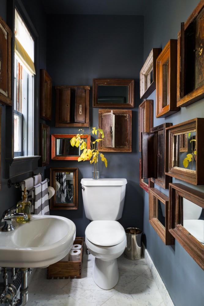 Ванная в  цветах:   Коричневый, Светло-серый, Серый, Темно-коричневый, Черный.  Ванная в  стиле:   Кантри.