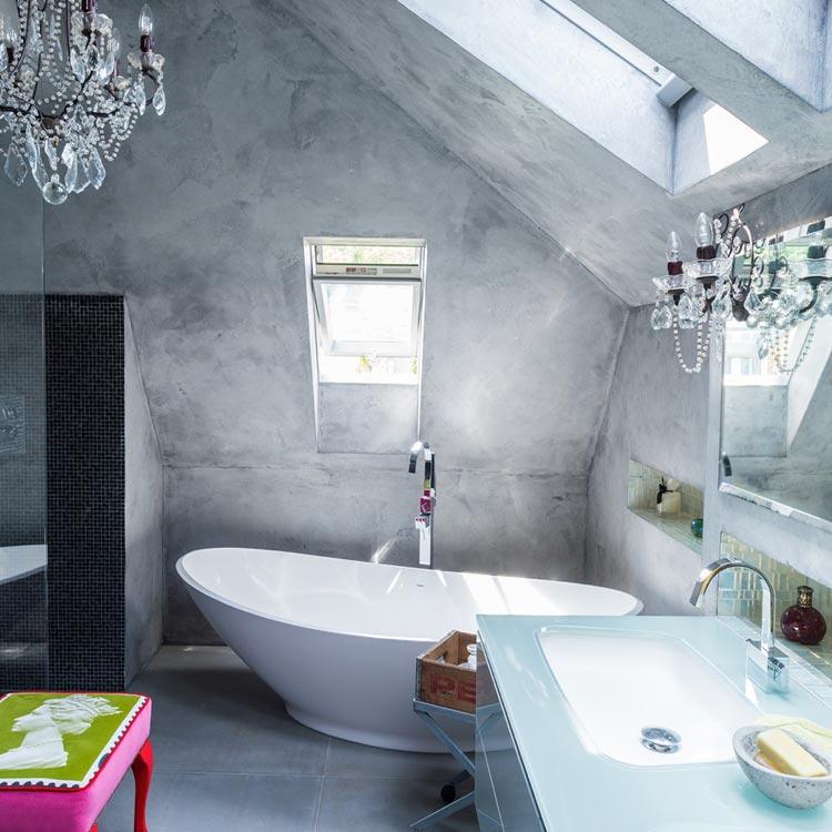Ванная в  цветах:   Белый, Светло-серый, Серый, Синий, Черный.  Ванная в  стиле:   Эклектика.