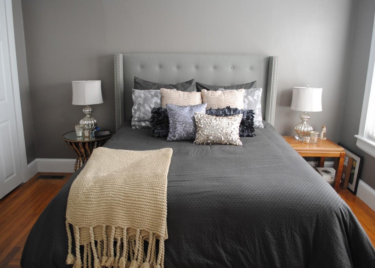 Спальня в  цветах:   Бежевый, Светло-серый, Серый, Темно-коричневый, Черный.  Спальня в  стиле:   Эклектика.