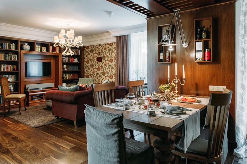 Кухня/столовая в  цветах:   Бежевый, Коричневый, Светло-серый, Темно-коричневый, Черный.  Кухня/столовая в  стиле:   Прованс.