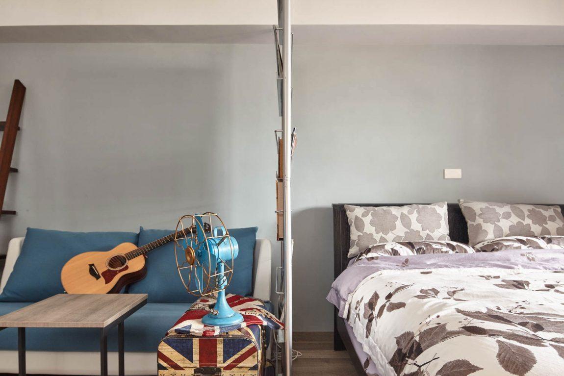 Спальня в  цветах:   Бежевый, Светло-серый, Серый, Синий.  Спальня в  стиле:   Минимализм.