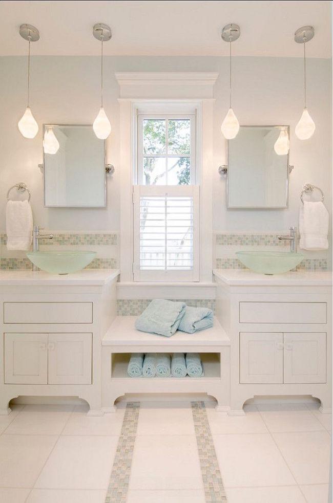 Ванная в  цветах:   Бежевый, Светло-серый.  Ванная в  стиле:   Минимализм.