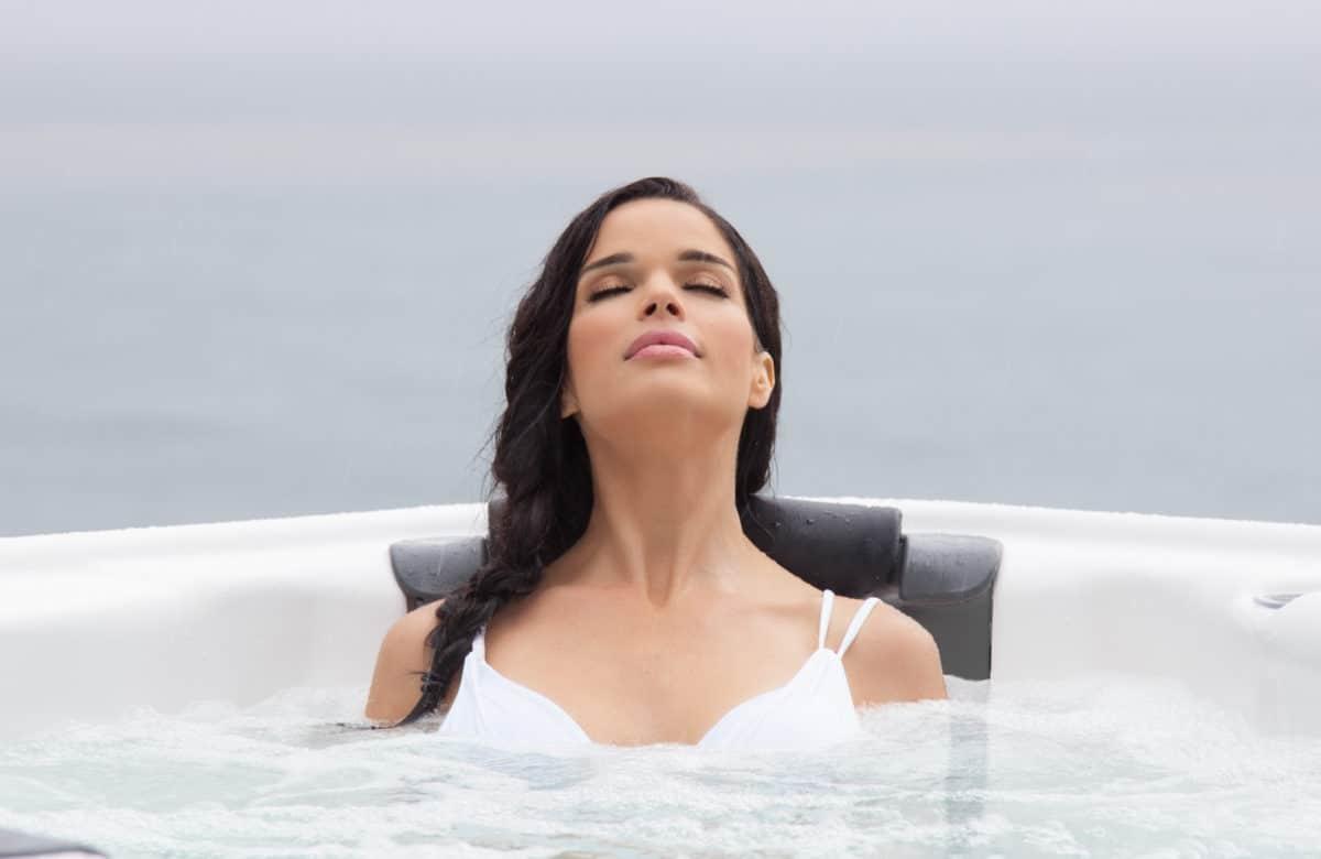 Как с помощью спа-бассейна избавиться от стресса: советы специалистов