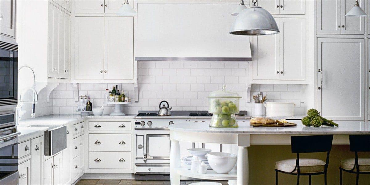 Белая кухня: 115 идей оформления