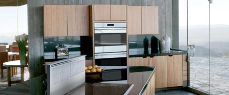 Кухня/столовая в  цветах:   Светло-серый, Коричневый, Бежевый, Темно-зеленый, Сиреневый.  Кухня/столовая в  стиле:   Скандинавский.