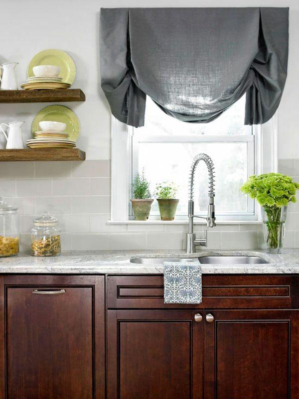 Кухня/столовая в  цветах:   Светло-серый, Серый, Темно-зеленый, Темно-коричневый.  Кухня/столовая в  стиле:   Минимализм.
