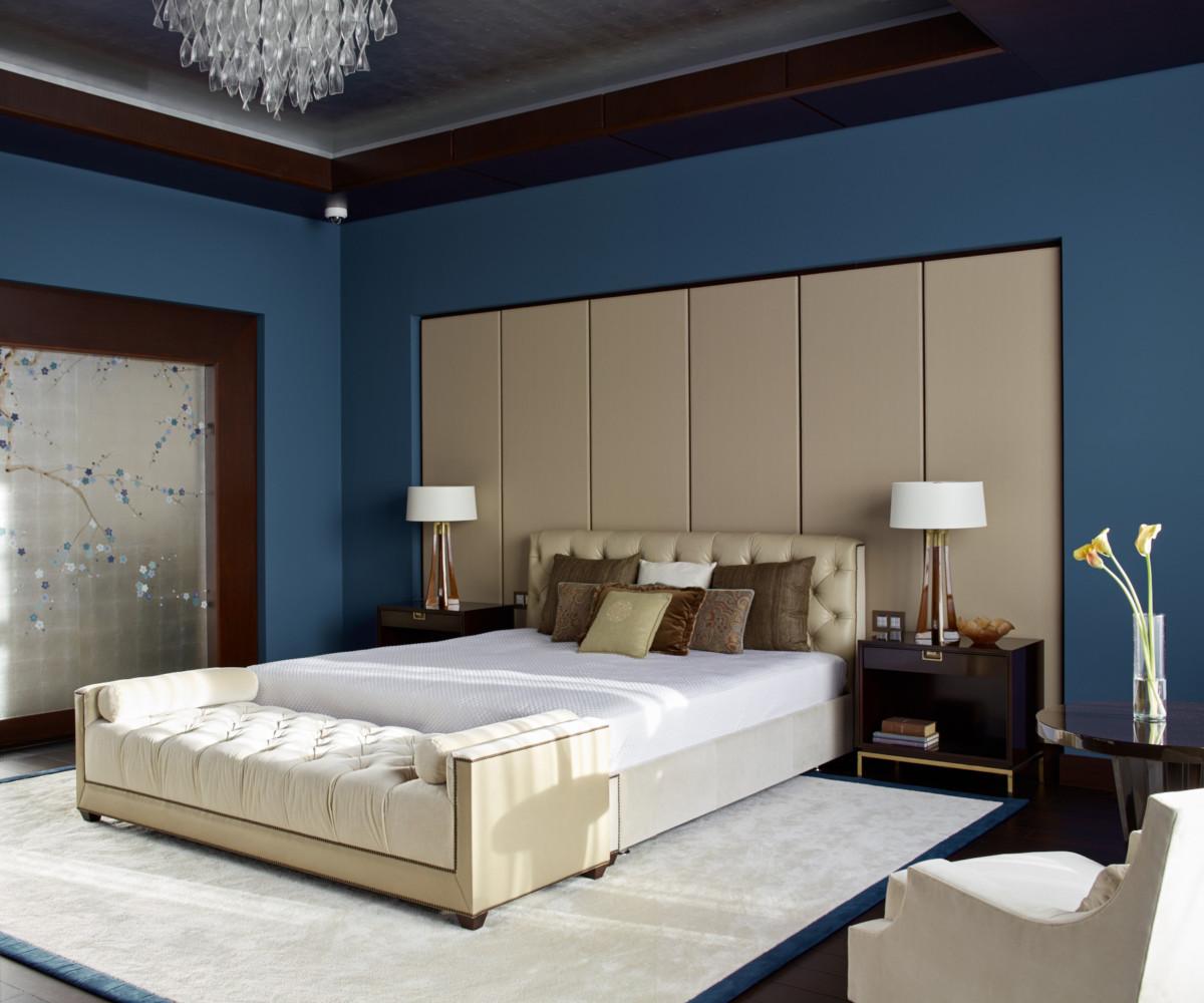 Спальня в  цветах:   Бежевый, Светло-серый, Синий.  Спальня в  стиле:   Неоклассика.