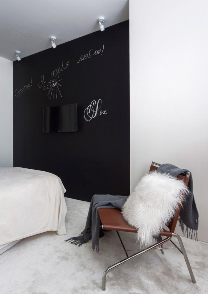 Спальня в  цветах:   Бежевый, Бордовый, Светло-серый, Серый, Фиолетовый.  Спальня в  стиле:   Скандинавский.
