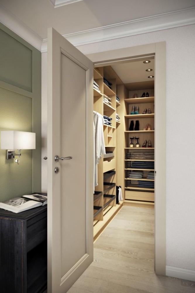 Нет ничего удобнее - иметь из спальной комнаты выход в гардеробную