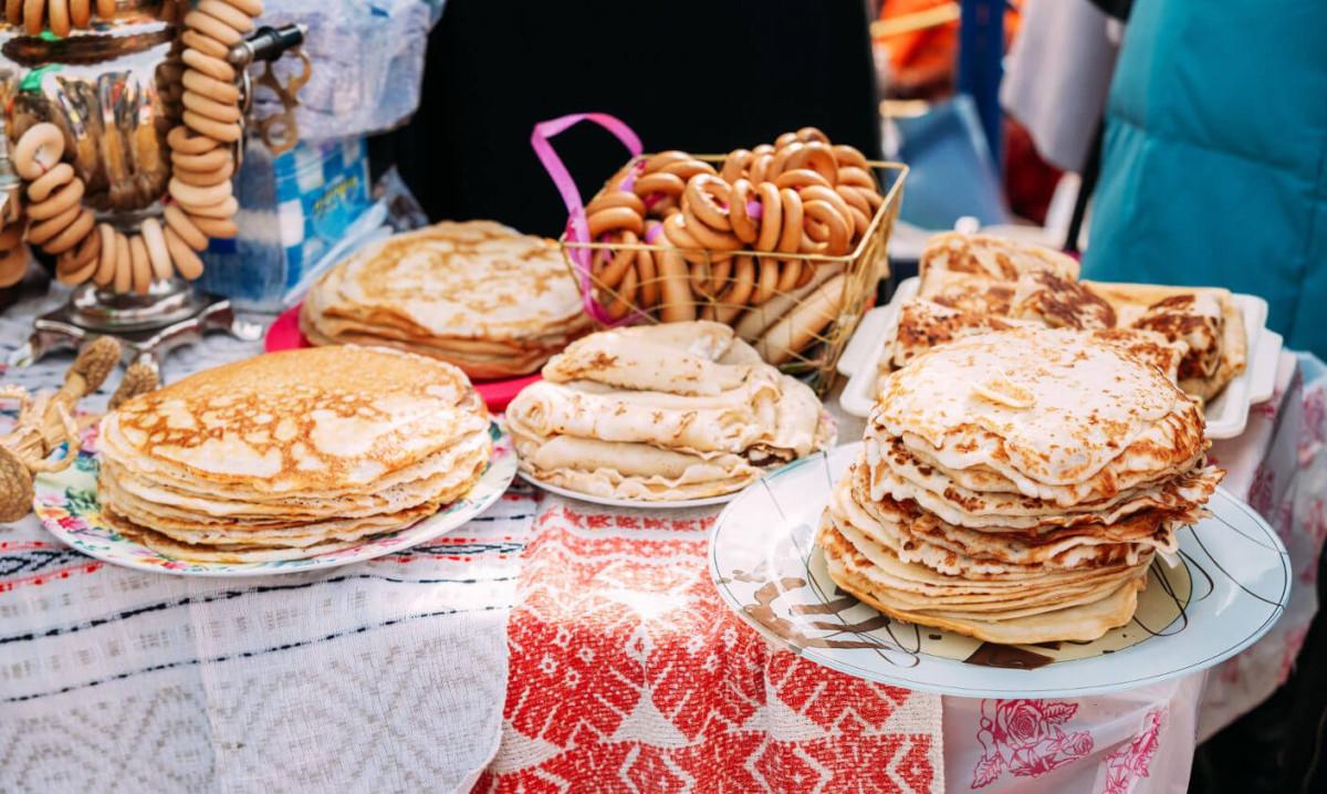 В Москве открывается фестиваль Масленицы