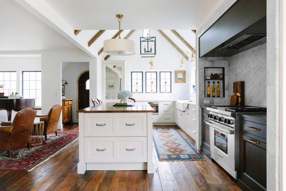 Пять кухонь в американском стиле, которые понравятся всем
